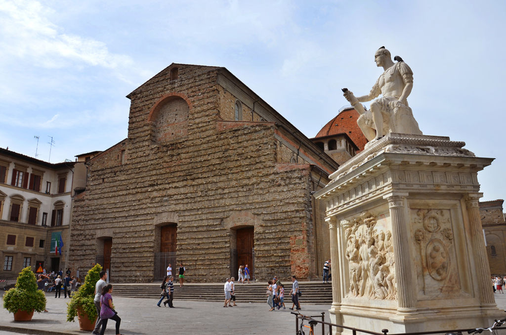 Discover Florence monuments, an open sky museum