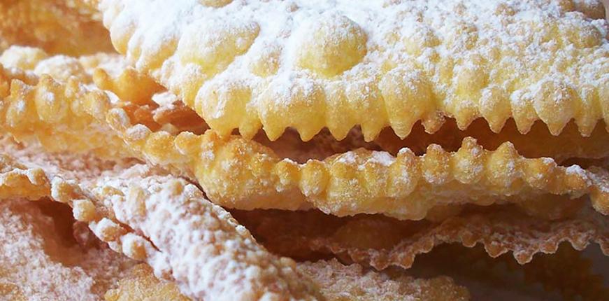 トスカーナのお菓子 カーニバルには何を食べるの?